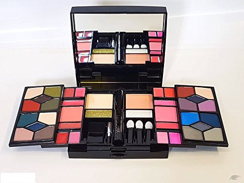 The Color Workshop By Markwins Beauty Essence 45 Piece Professional makeup Trousse