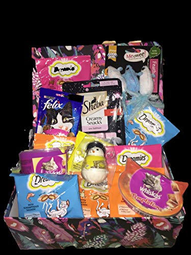 branded cat treats Cat Hamper Filled And Toys.