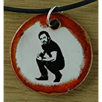 Echtes Kunsthandwerk: Hübscher Keramik Anhänger mit Bruce Springsteen; amerikanischer Musiker, Sänger, USA, Oscar, Grammy