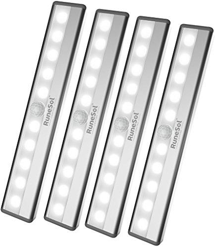 RuneSol® Wiederaufladbare Bewegungssensor Schrankbeleuchtung / 4 x 10 LED-Lichter / Superhelle Bewegungsmelder Nachtlichter 4er-Pack / Kabellose LED Schrankbeleuchtung für Ihre Treppen, Schränke