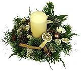 Weihnachtsgesteck *Winterzauber* - Adventsgesteck in creme mit frischen Tannegrün, weißer Stumpenkerze und einem handgearbeiteten Wachsgefäß Handmade Size 35 Euro