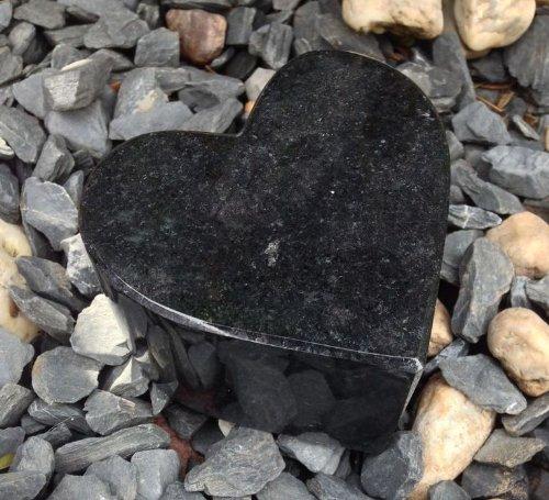 Coeur de granit noir 10cm x 10cm x 6cm granit noir coeur du cimetière bijoux tombe