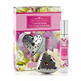 Ashleigh & Burwood The Scented Home–Metall Herz Bisamapfel & Home Spray–Freesie & Orchid