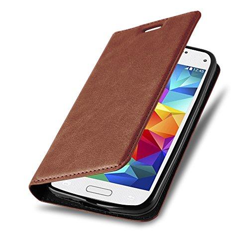 Cadorabo Hülle für Samsung Galaxy S5 Mini / S5 Mini DUOS - Hülle in Cappuccino BRAUN – Handyhülle mit Magnet, Standfunktion und Kartenfach - Case Cover Schutzhülle Etui Tasche Book Klapp Style