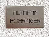 Namensschild / Türschild in Edelstahl gebürstet, 80x40 mm, selbstklebend oder mit zwei seitlichen Bohrungen zur Schraubmontage lieferbar