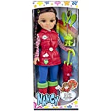 Nancy - Set con muñeca y accesorios de lluvia (Famosa 700012728)