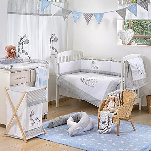 Gray Giraffe 4-Piece Crib Bedding