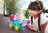 Enchantimals Coffret La Calèche des Hippocampes, mini-poupée Scandella Hippocampe avec ses amis et une calèche de style western, FKV61