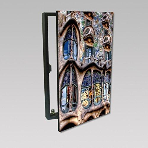 molduras-y-cuadros-garcia-cubrecontador-lamina-casa-gaudi-barcelona-madera-color-beige-tamano-50x35x