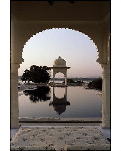 photographic-print-of-udai-vilas-oberoi-resort-hotel