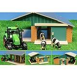 Unbekannt Kids Globe 5610049 - Kuhstall inklusive 3 Kühe, Traktor mit Licht und Sound