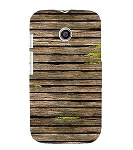 PrintVisa Wet Wooden Pattern 3D Hard Polycarbonate Designer Back Case Cover for Motorola Moto E