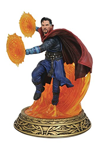 Marvel Comics MAY172527 Milestones Dr Stange - Estatua