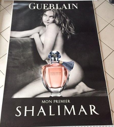affiche-natalia-vodianova-guerlain-mon-premier-shalimar-120x175-cm-affiche-poster
