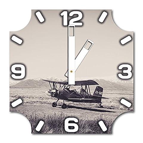 Flieger, Design Wanduhr aus Alu Dibond zum Aufhängen, 30 cm Durchmesser, breite Zeiger, schöne und moderne Wand Dekoration, mit qualitativem Quartz Uhrwerk