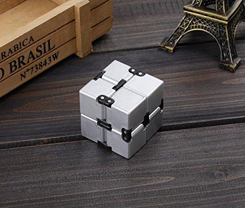 EKKONG Fidgeting di edc di novità – Fidget Cube in Stile con Il cubo Infinite Cube Infinity Cube Fidget Cubo Stress Relief e Ansia Giocattolo per Bambini e Adulti (Argento) - 3