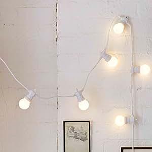 Guirlande Guinguette à Piles avec 40 Globes LED Blanc Chaud sur Câble Blanc, Type U par Lights4fun