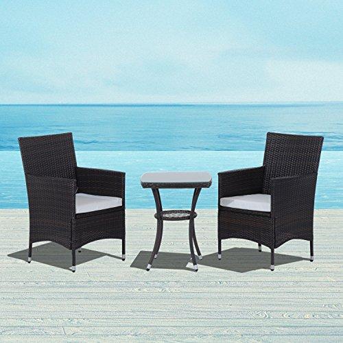 Ensemble salon de jardin 2 places : 2 fauteuils et table basse plateau verre trempé résine tressée imitation rotin chocolat foncé coussins blanc neuf 94BN