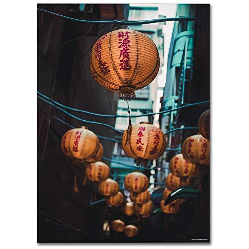 LaMAGLIERIA Hochqualitatives Poster - Chinese Paper Lanterns Hanging On Strings Cod Uns44 - Posterdruck glänzend laminiert im Großformat, 70cmx100cm (Paper Chinese Lantern)