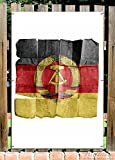 Wallario Garten-Poster Outdoor-Poster - DDR Flagge auf altem Papier - schwarz rot gold in Premiumqualität, Größe: 61 x 91,5 cm, für den Außeneinsatz geeignet