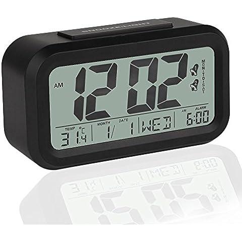 Clairty Sveglia digitale a pile con doppio allarme, Snooze e Ampio display - Allarme di orologio e casa sveglia