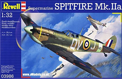 Revell Germany British Wwii Supermarine Spitfire Mk Iia Fighter Model Kit 1/32 (1 32 Flugzeuge Modell-kits)