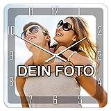 PhotoFancy® - Uhr mit Foto bedrucken - Fotouhr aus Acrylglas - Wanduhr mit eigenem Motiv selbst gestalten (35 x 35 cm eckig, Design: Klassisch schwarz / Zeiger: weiß)