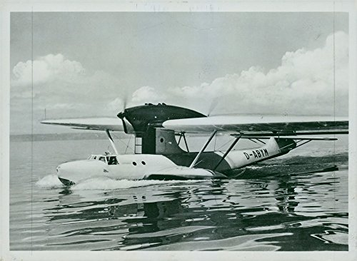 vintage-photo-of-lufthansas-float-plane-dornier-do-18