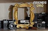 LaRetrotienda  el marco de FRIENDS edición DORADA, la serie Friends de tv.