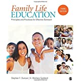 Family Life Education: Principles and Practices for Effective Outreach by Stephen (Steve) F. Duncan (2016-05-26)