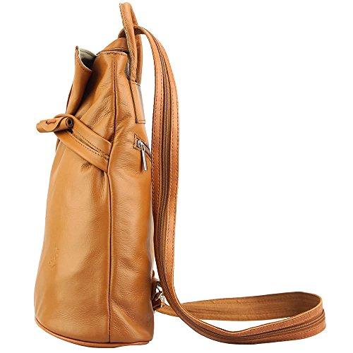 c756aa557ff47 ... Rucksack-Tasche und Schultertasche Fiorella mit vielen Taschen aus echtem  Leder aus Italien Hellbraun ...
