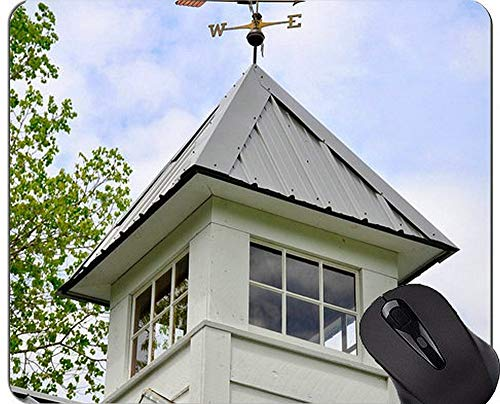 Antirutsch-Kompass-Mausunterlage, Weinlese-Kompass liegt auf einer alten Karten-Wetterfahne-Gummi-Mausunterlage