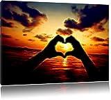 Dark Mit Händen geformtes Herz am Meer Deluxe Format: 120x80 cm auf Leinwand, XXL riesige Bilder fertig gerahmt mit Keilrahmen, Kunstdruck auf Wandbild mit Rahmen, günstiger als Gemälde oder Ölbild, kein Poster oder Plakat