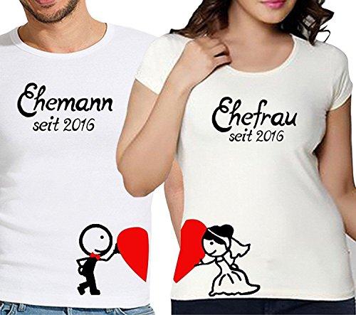 """2 Partner Look Shirts """"Ehefrau"""" und """"Ehemann"""" ein Herz haltend mit Wunschjahr für Pärchen als Geschenk - Valentinstag oder Hochzeitstag (Weiß)"""