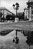 Posterlounge Acrylglasbild 120 x 180 cm: Prächtige historische Strassenlaterne mit Spiegelung SchwarzWeiss von Frank Herrmann - Wandbild, Acryl Glasbild, Druck auf Acryl Glas Bild