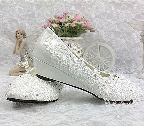 XINJING-S Spitze weiß elfenbein Kristall Hochzeit Schuhe Braut Wohnungen low High Heel pump Größe 5/12 3 cm Keil, Weiß