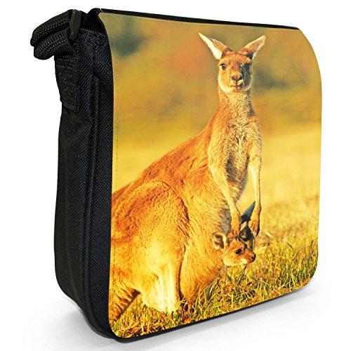 Australisches Outback Kängurus & Junge Kleine Schultertasche aus schwarzem Canvas Mama & Junges in der Tageshitze