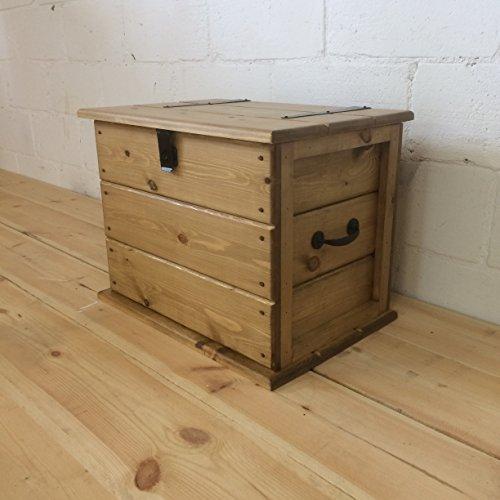 The Handmade Furniture Company Handgefertigt Medium Couchtisch rustikalem Kiefernholz Stamm. Massiv. Leinen Brust. Decke Box Eiche Decke-boxen