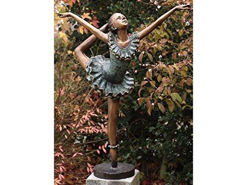 H. Packmor GmbH Sehr schöne Bronzeskulptur einer Ballerina aus Bronze gegossen