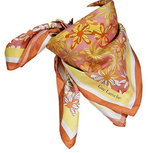guy-laroche-foulard-en-soie-fleurs-rose