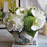 GSYLOL handgemachte Hochzeits-Braut, die Blumenstrauß-Silk Rosen-Schmetterlings-Orchideen-Blumen-Hydrangea-Beeren-Handblumen-Ausgangshochzeits-Party-Dekor, weiß hält