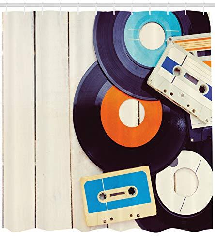 ABAKUHAUS Indie Cortina de Baño, Gramófono Discos y Viejos Cassettes en Mesa de Madera Nostalgia Música, Material Sintético Lavable Estampa Set 12 Ganchos, 175 X 200 cm, Naranja