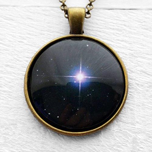 bright-north-star-anhanger-und-halskette