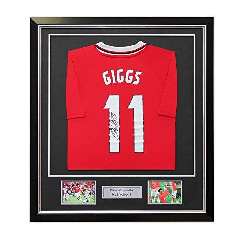 Ryan Giggs Unterzeichnung 1999 Manchester United Champions League Hemd. Im Deluxe-Schwarz-Rahmen mit Silber Inlay (Deluxe Rahmen Champions)