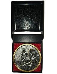 Medalla de Fútbol (7cm), color plateado envejecido Color resina con dos macho los futbolistas–en caja de presentación de plástico negro