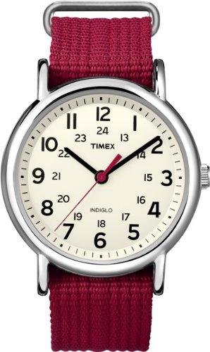 Timex Weekender – Reloj analógico de cuarzo para mujer con correa de nylon, color rojo