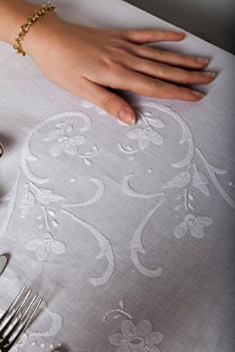 Nappe Clara mélange lin brodé à la main Made in Italy 170 x 270 cm ovale avec 12 serviettes