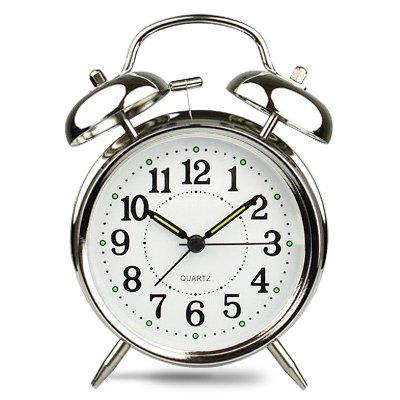 Studente creativi letto personaggi dei cartoni animati disattivato l'audio della sveglia orologio Super Audio studente luminosa camera da letto sveglia,4 pollici silver - Metal Silver Desk Clock