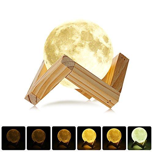 NEWBEN 3D Druck Mond LED Nachtlicht Magical Moonlight Schreibtischlampe mit USB Wiederaufladbar und Holzhalter Ideal für Geschenk Home Decoration Weihnachten Baby Nacht Licht Durchmesser(7,8 CM)