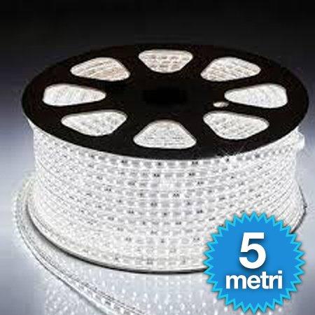 STRISCIA LED FLESSIBILE STRIP LED 5050 INTERNO ESTERNO 220V BOBINA DA 5 METRI